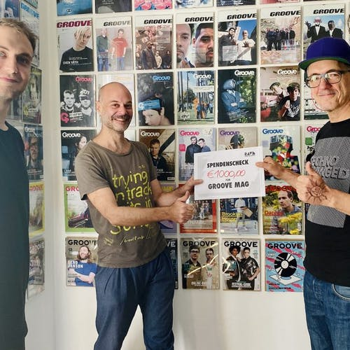 #Go For Goldelse - Donation Handover to GROOVE Magazine